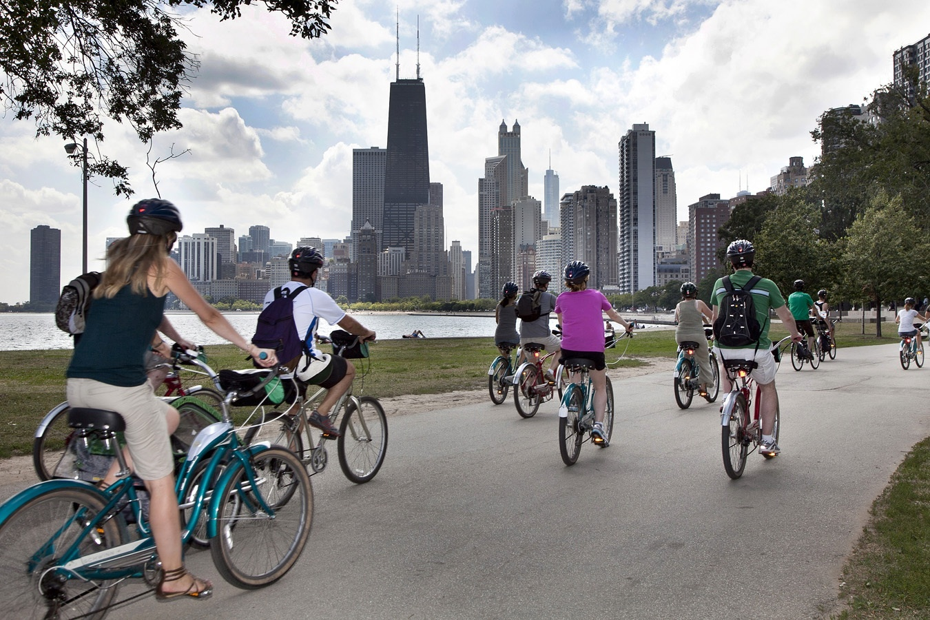Lakefront Neighborhoods Tour