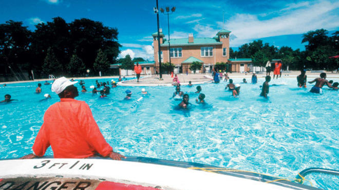 Four chicago park district pools for summer swimming - Washington park swimming pool milwaukee ...