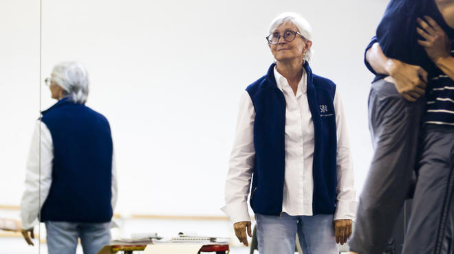 Choreographer Twyla Tharp in the studio with Hubbard Street Dance Chicago