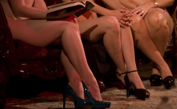 Naked Girls Reading | Banned books