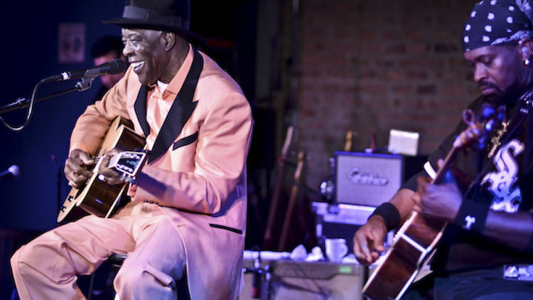 Buddy Guy plays a superior set at his down town blues club, Legends.