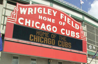 Cubs 'n' Pubs History Pub Crawl with the Chicago History Museum