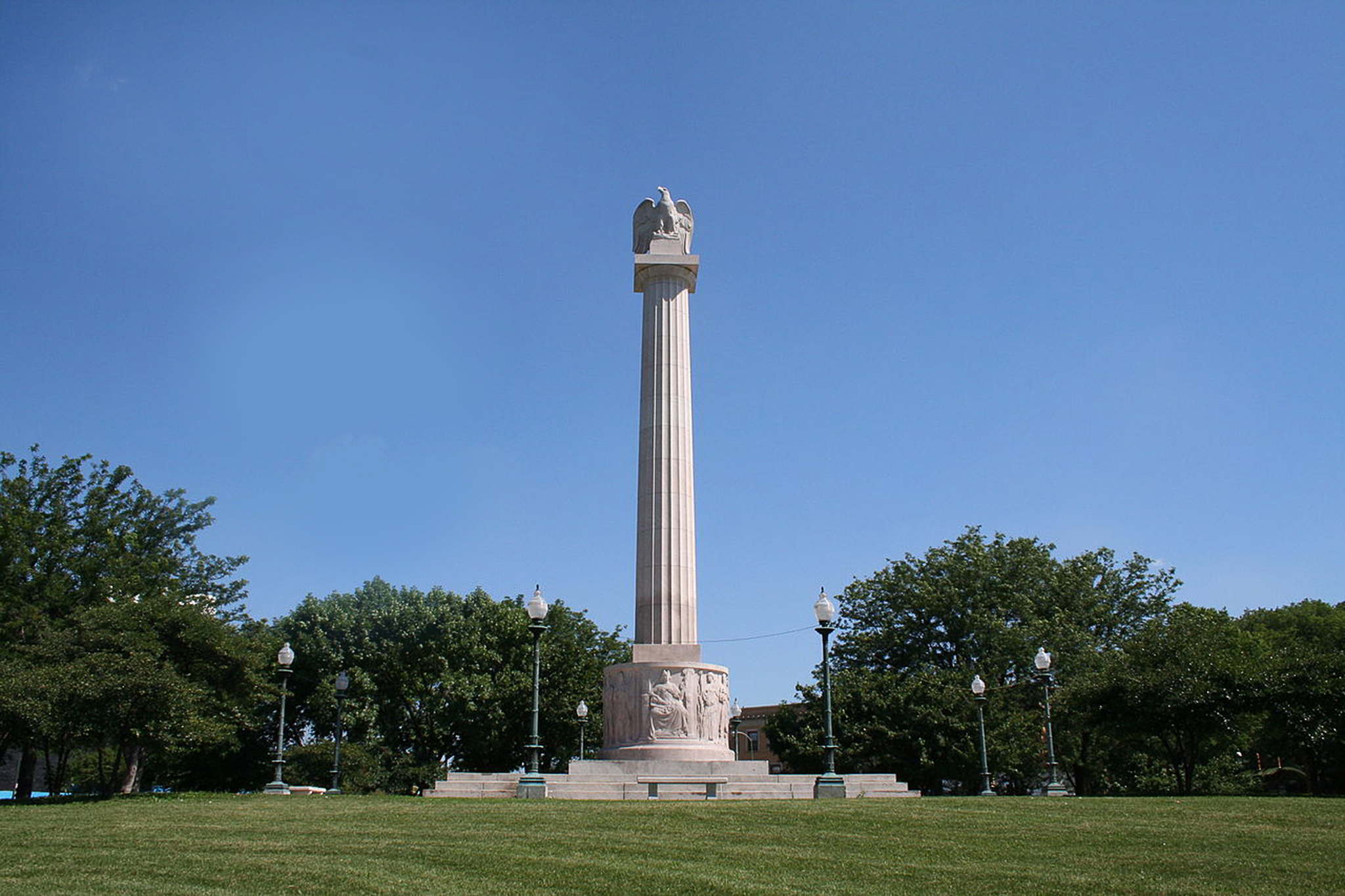 LoganSquareMonument.Venue.jpg