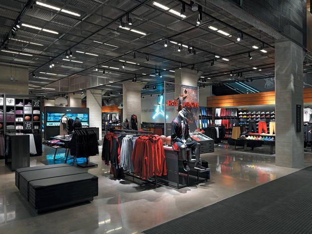 nike store michigan avenue chicago