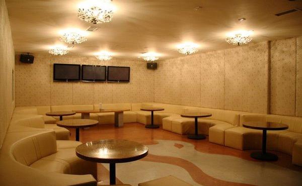 The best private room karaoke in LA