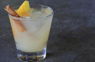 Emeryville Cocktail  (Moretti Photo)