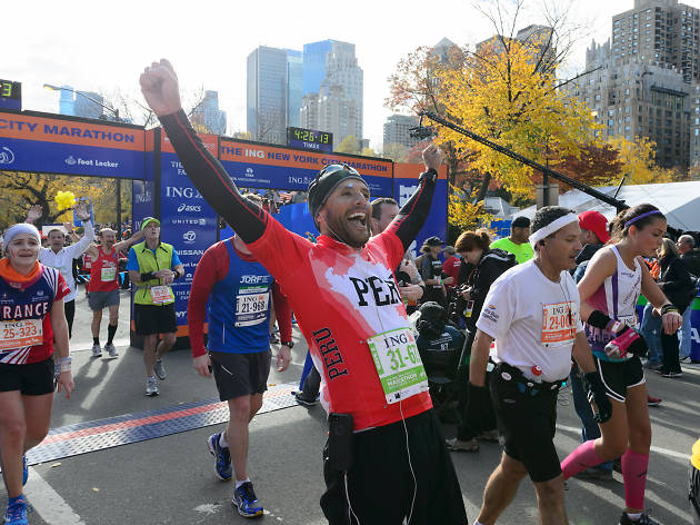 Watch NYC Marathon Runners Cross The Finish Line Slide Show Video