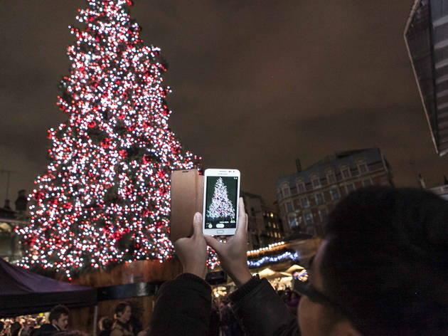 Covent Garden Christmas Lights (© Simona Dalla Valle)