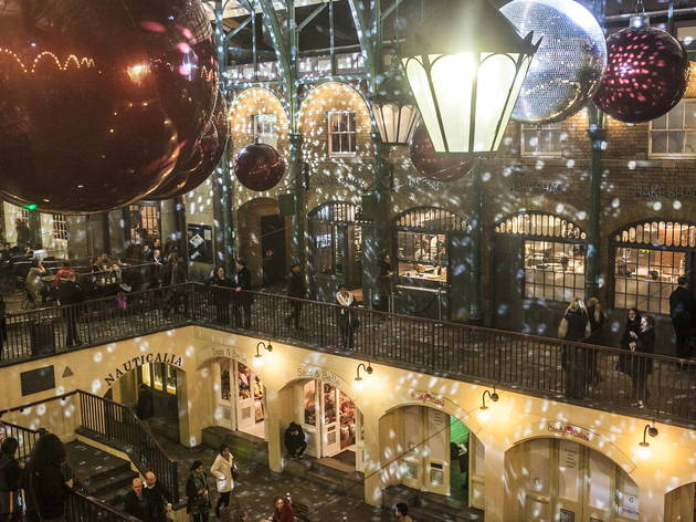 Covent Garden Christmas Lights Switch On London In Pictures Time