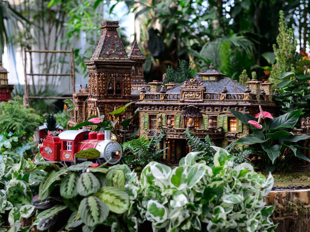 Gentil Holiday Train Show At The New York Botanical Garden. (Photograph: Filip  Wolak)