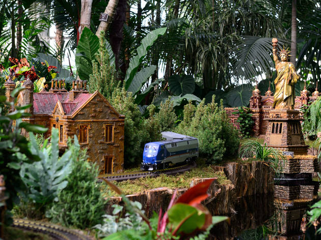 Holiday Train Show Things To Do In New York
