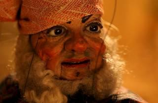 Wael Shawky ('Cabaret Crusades: The Horror Show File, Fig Nr. 73', 2010)