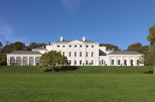 (The newly repaired south facade at Kenwood House. © ENGLISH HERITAGE / CHARLES HOSEA)