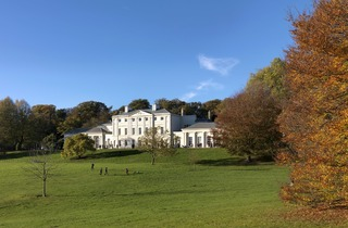 (Kenwood House - restored, repaired and revived. © ENGLISH HERITAGE / CHARLES HOSEA)