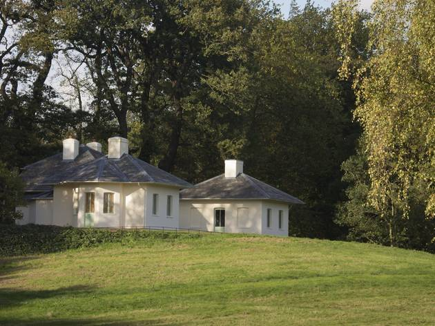 (The eighteenth-century dairy at Kenwood House © ENLISH HERITAGE / PATRICIA PAYNE)
