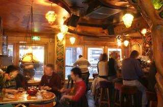 Dampkring, coffeeshop, cafe, Amsterdam