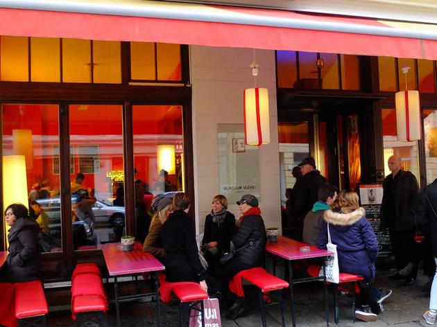 Monsieur Vuong restaurant