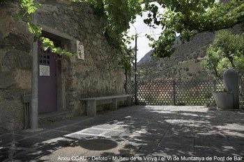 Museu de la vinya i el vi de muntanya del pont de bar