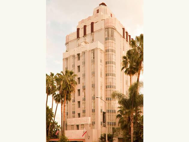 <p>Sunset Tower Hotel</p>
