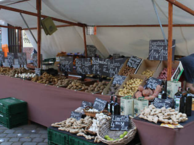 Shops and markets in Neukölln