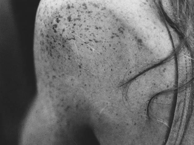 Jochen Lempert ('Untitled (girl in telephone booth)', 1993/2011)