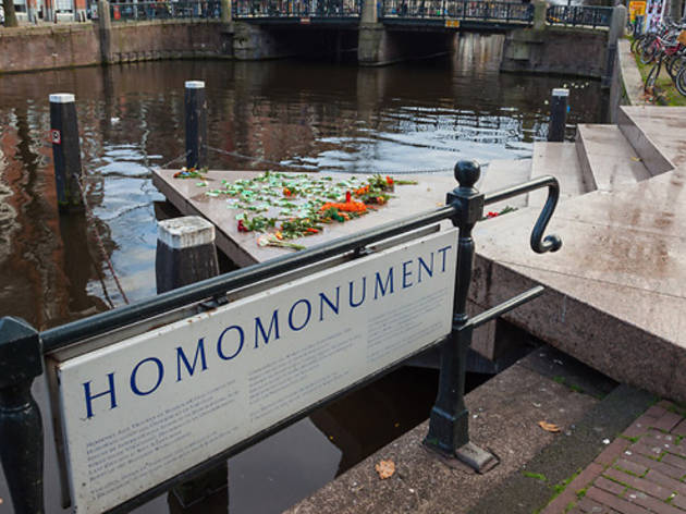 Homomonument, Gay Bars and Clubs, Amsterdam