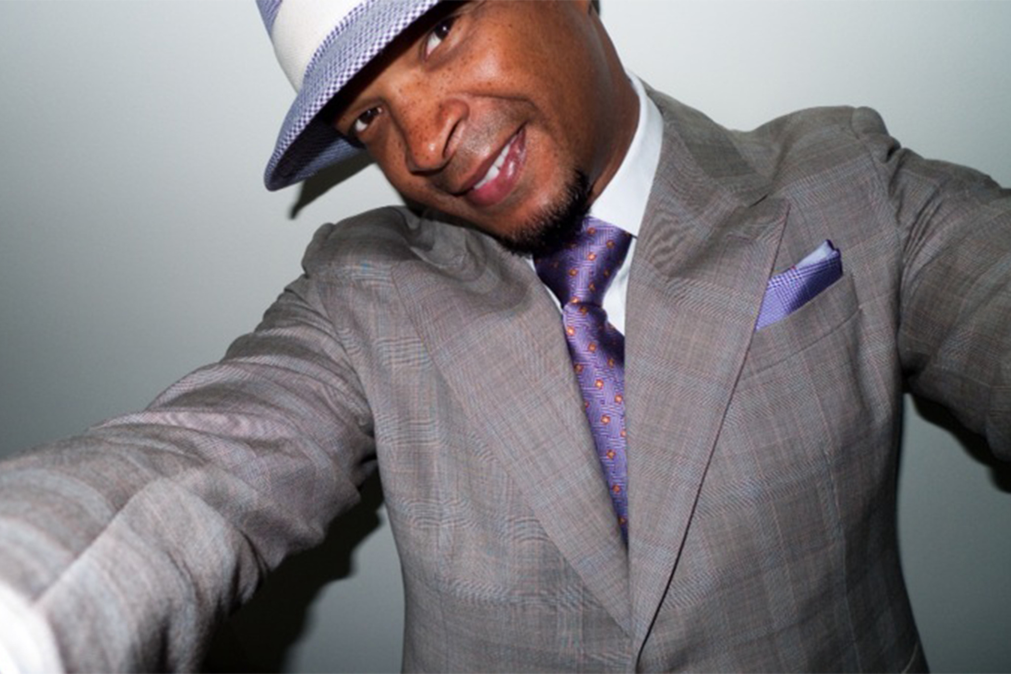 Spend some time with official Wayans brother Damon Wayans