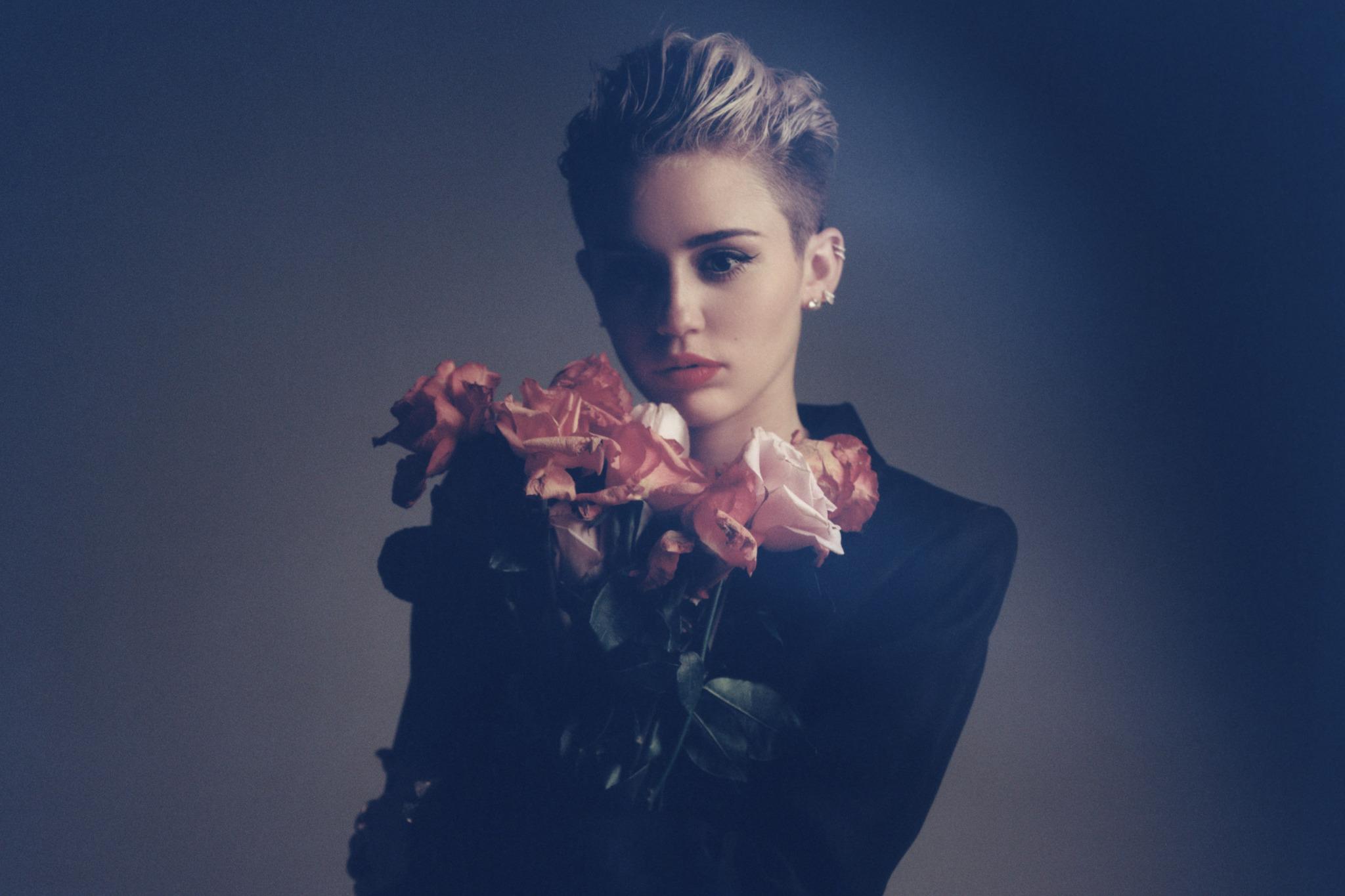 Miley Cyrus + Icona Pop + Sky Ferreira