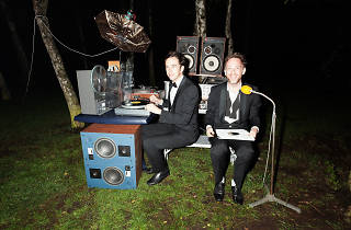 2manydjs (DJ set) + Amable + Baldo
