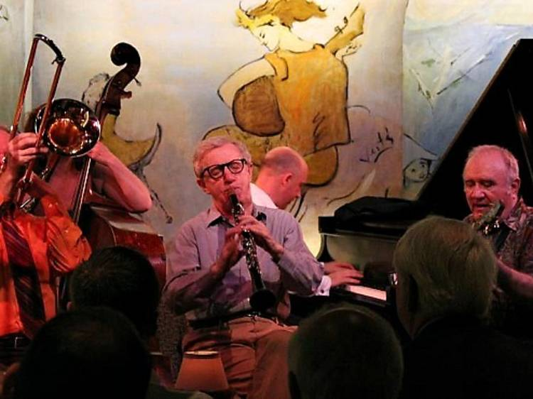 Woody Allen: o realizador no papel de clarinetista