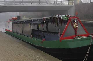 Hidden Depths Canal Cruises: Meet Santa
