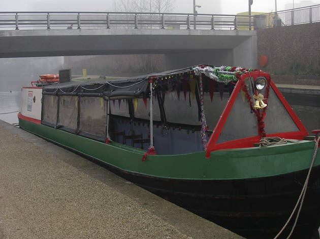Hidden Depths Canal Cruises: Meet Santa