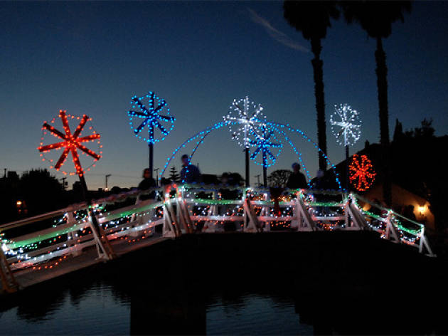 Christmas lights in Los Angeles: Venice Canals
