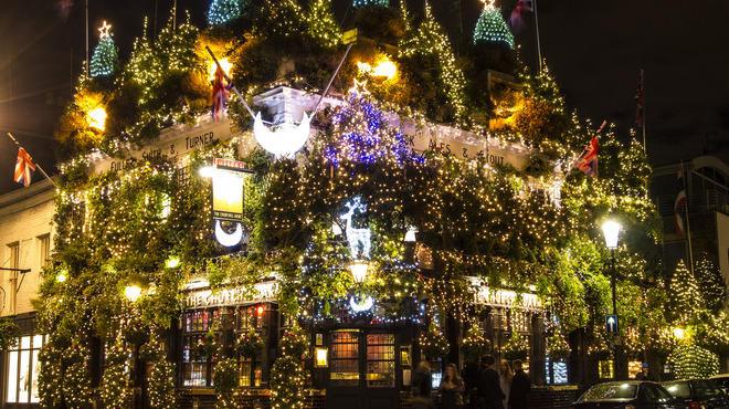 40 festive photos of Christmas in London