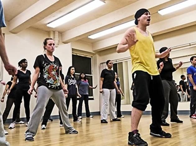 Hip hop basics at RiSE Dance Company