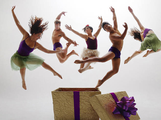 LA County Holiday Celebration performer Invertigo Dance Theatre.