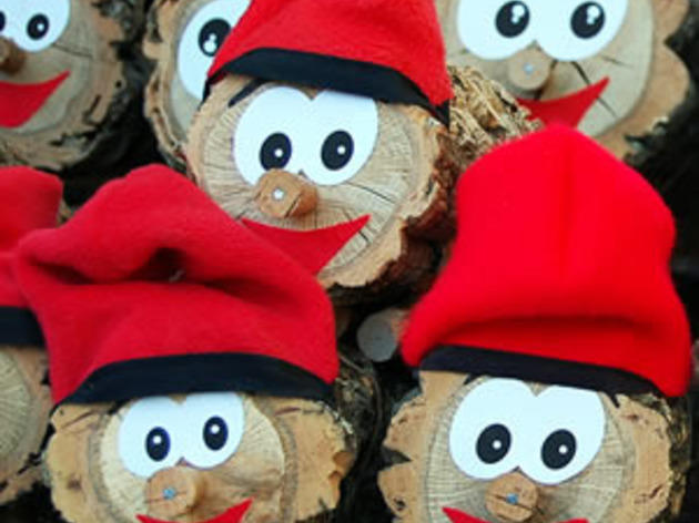 el tío de nadal es una de las tradiciones catalanas más famosas