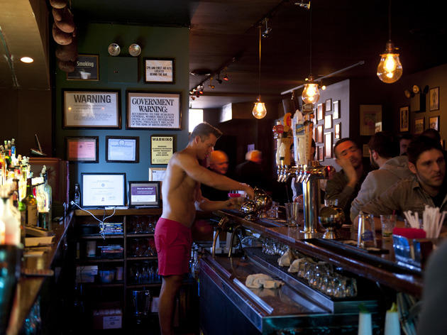Best Hookup Bars in NYC to Meet People