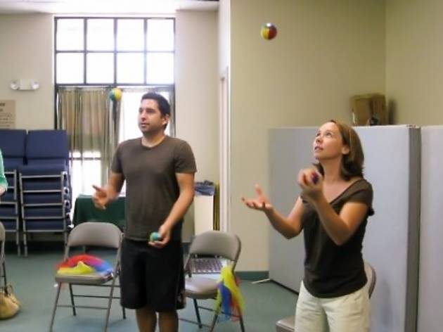 Beginning juggling workshop