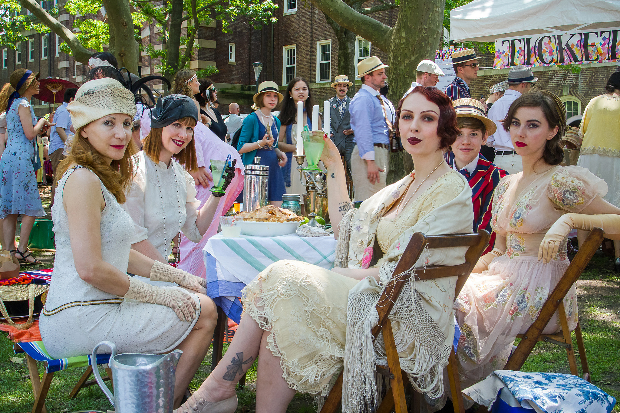 16 incredible outfits from the Jazz Age Lawn Party