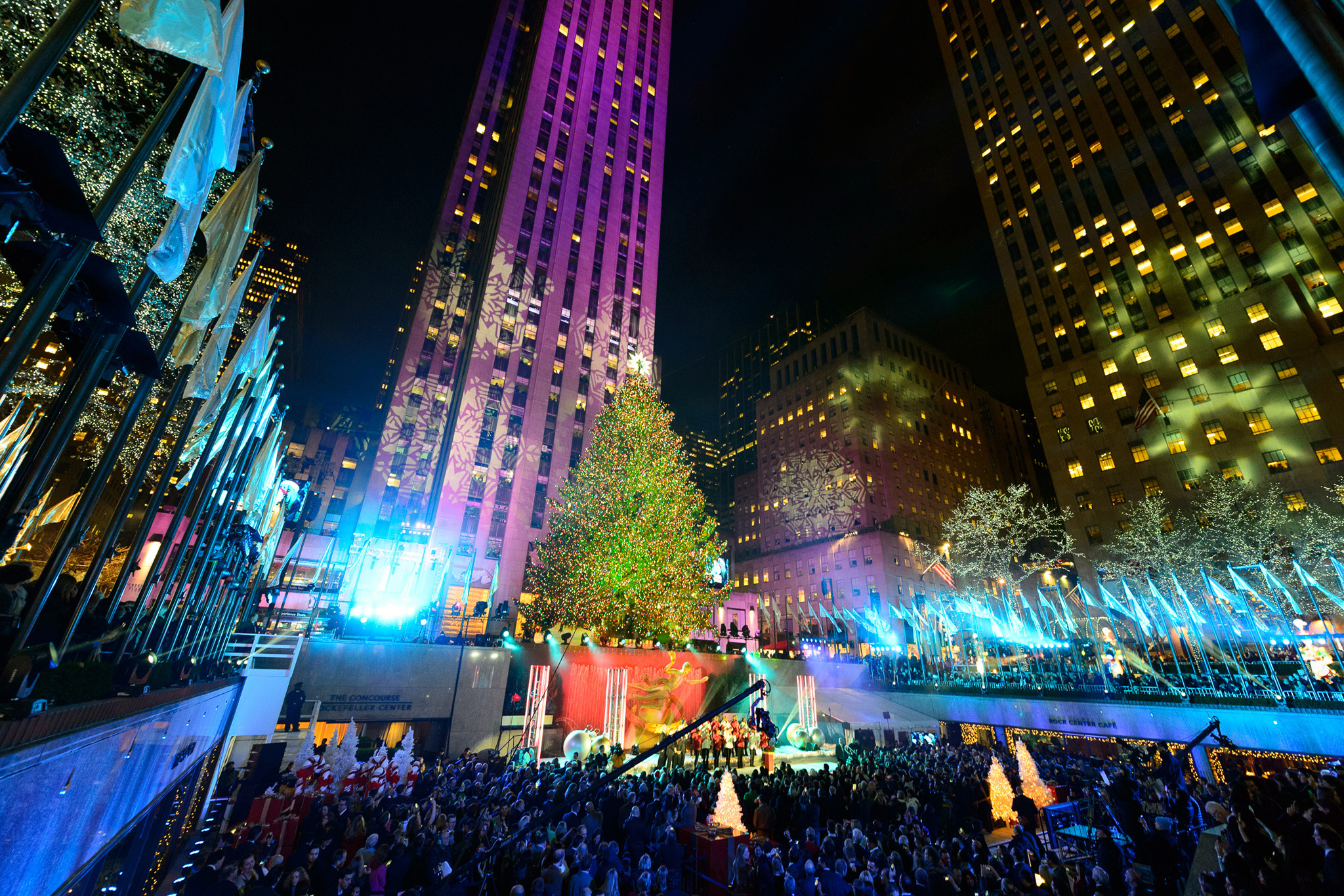 The Rockefeller Center Christmas Tree is now lit up & Rockefeller Center Christmas Tree guide plus what to do nearby