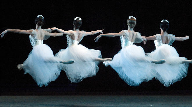 American Ballet Theatre dancers in Giselle