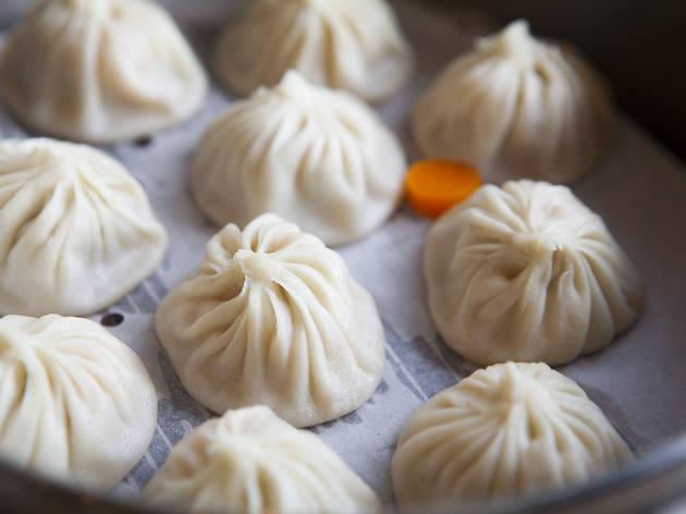 Din Tai Fund soup dumplings