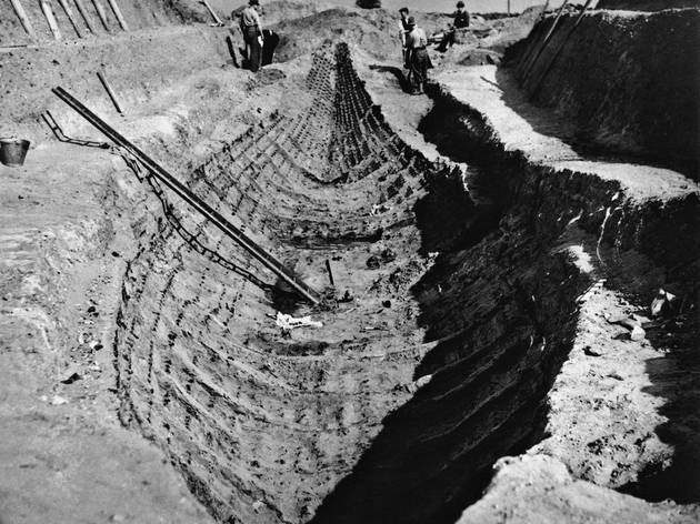 The 1939 Sutton Hoo excavation (© The Trustees of the British Museum)