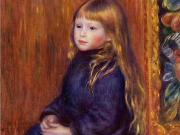 (Pierre-Auguste Renoir, 'Enfant assis en robe bleue', 1889 / Collection Nahmad, Suisse / Service  presse / musée Marmottan Monet)