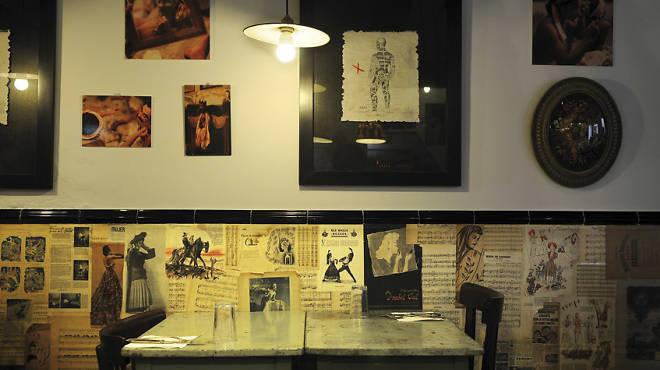 Tatau l 39 antiquari restauran muebles y cocina - Restauradores de muebles ...