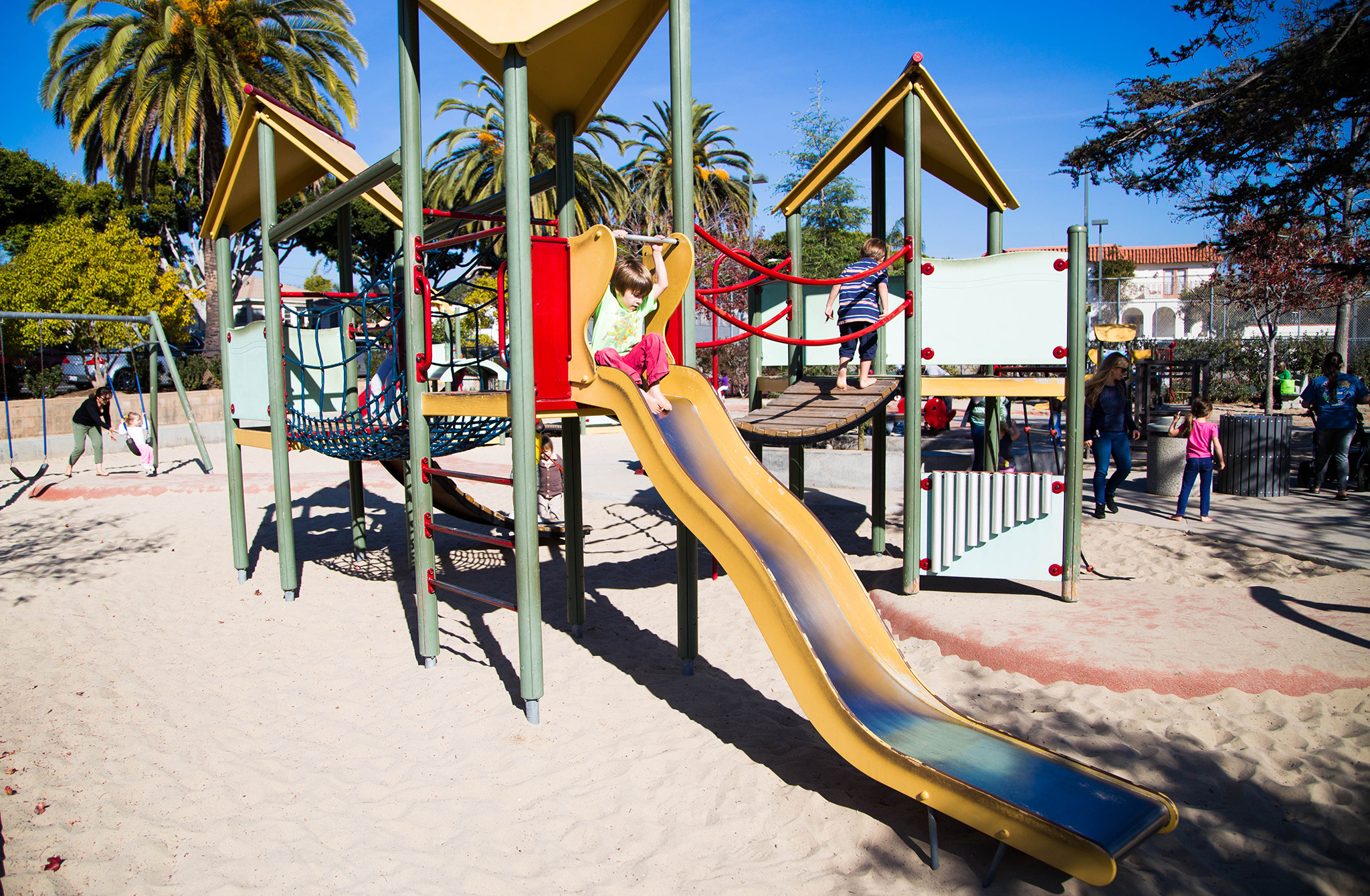 Outdoor Play Los Angeles  Douglas Park (Santa Monica)