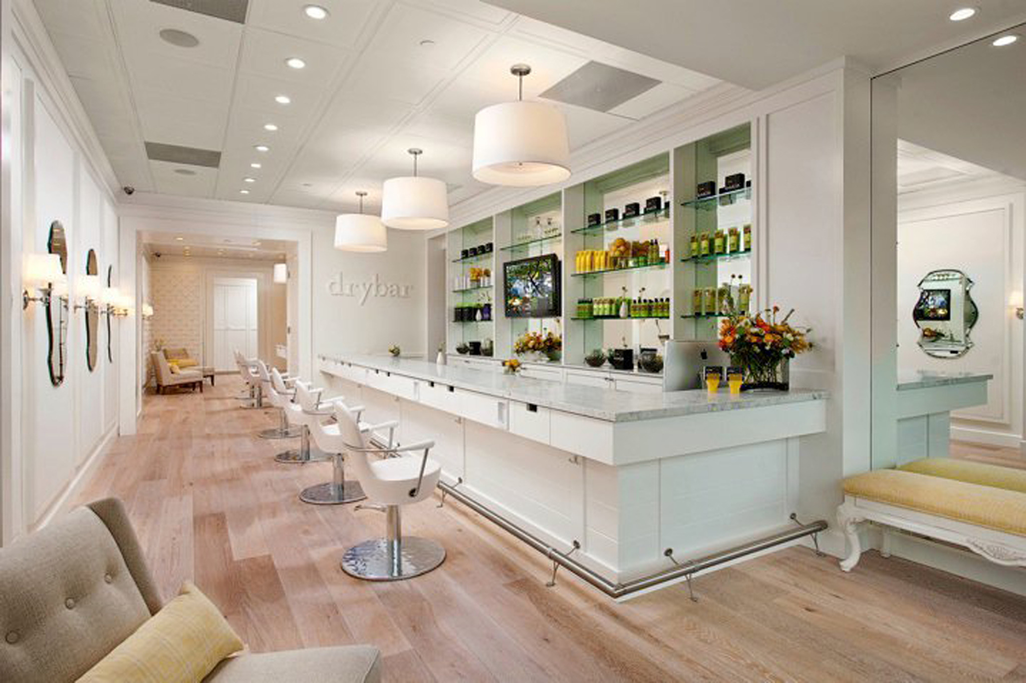 Best blow dry bars in los angeles for Photos salon design