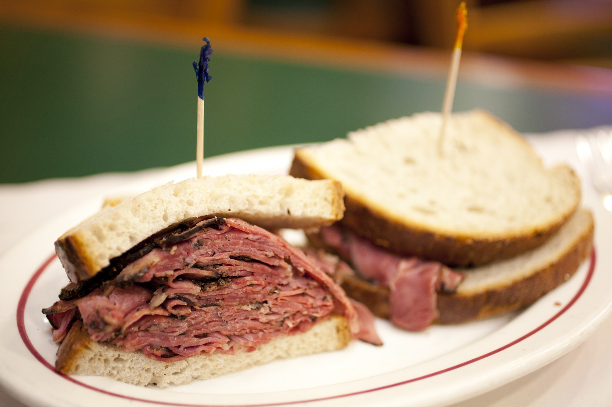 Best Pastrami Sandwiches In Nyc At Delis And Restaurants