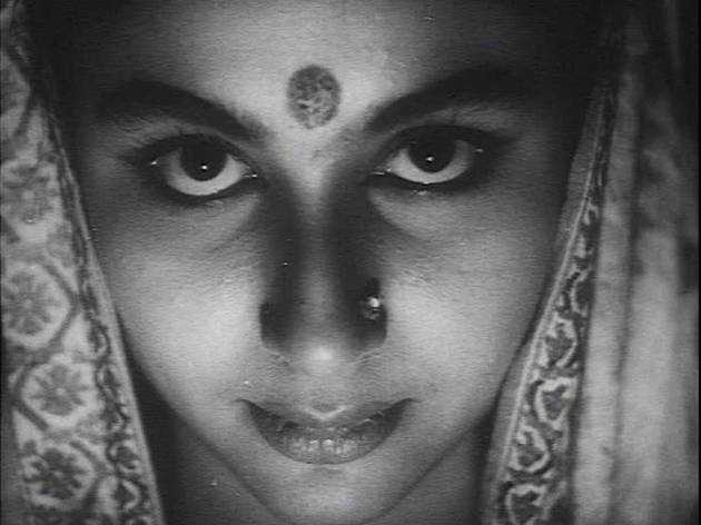 Devi (1960)
